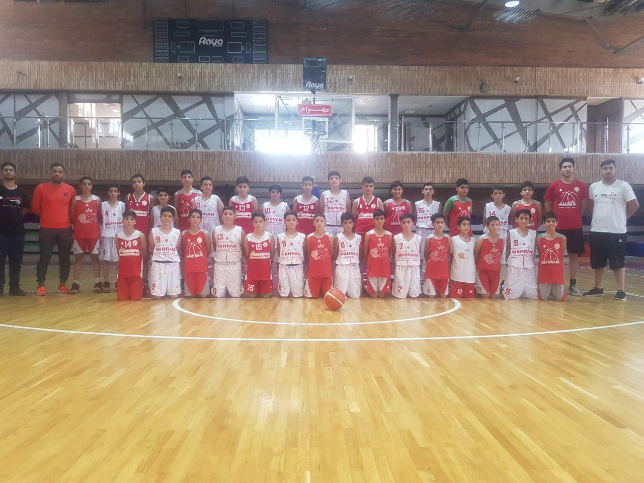 تیم بسکتبال احمدآباد مستوفی